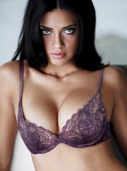 Женщины с большой грудью фото