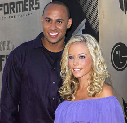 Kendra Wilkinson welcomes a Baby Boy!