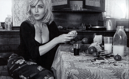 Madonna stars in new D&G ad campagne